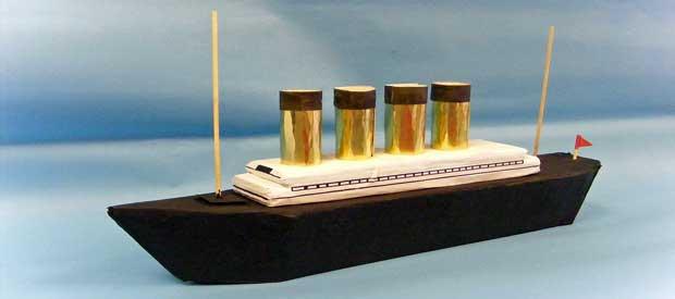 Titanic Model - Play Resource