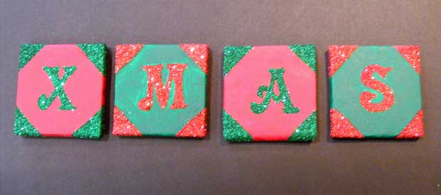 MINI CHRISTMAS CANVASES