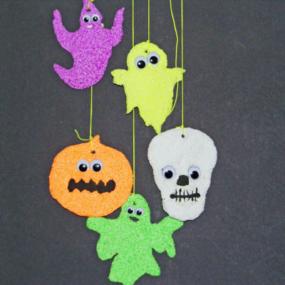 SPOOKY FOAM CLAY CREATURES