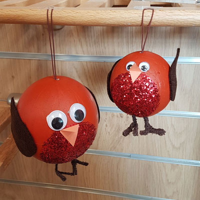 ROBIN TREE DECORATIONS